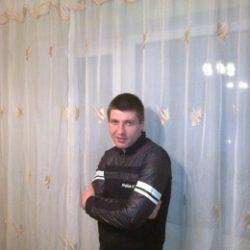 Молодой спортивный парень хочу экспериментов в сексе, сделаю куни девушке, буду рад минету в Ростове-на-дону