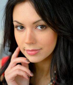 Девушка ищет молодого человека в Ростове-на-дону