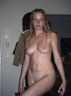 Страстная и темпераментная девушка, ищу мужчину для секса в Ростове-на-дону