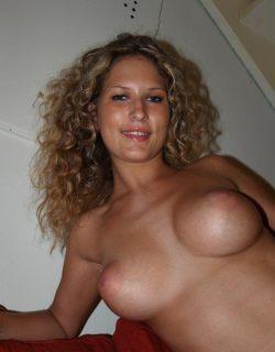 Девушка, ищу мужчину для интим встреч в Ростове-на-дону